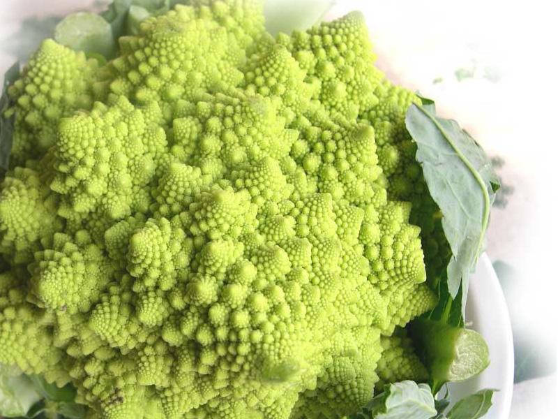 Broccolo romanesco o cavolo cimoso usi in cucina e - Cucinare il cavolo ...