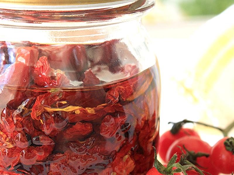 Pomodori essiccati sottolio ricetta alimentipedia for Ortaggi estivi