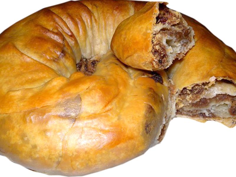 Presnitz ricetta triestina alimentipedia enciclopedia for Dolce tipico romano