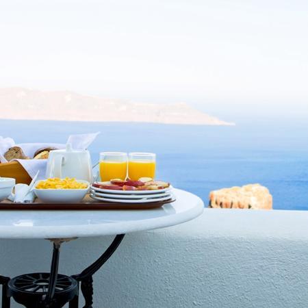 La prima colazione in estate