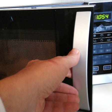 Come usare il forno a microonde