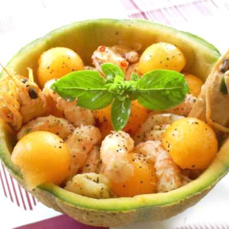 Coppette di melone e scampi