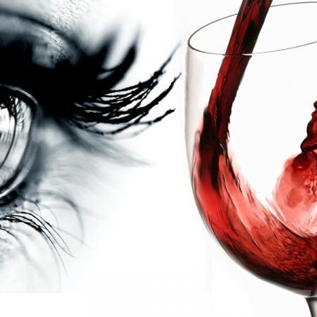 Degustazione vino. Esame visivo.