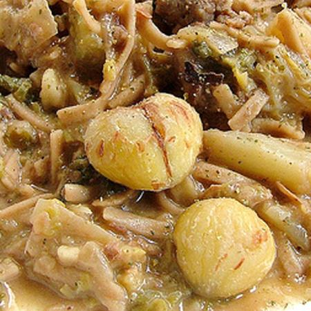Gnocchi di castagne con verza e salsiccia