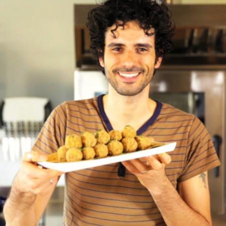 Insalata con crocchette di quinoa
