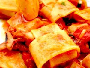 Pennoni i Gragnano ai frutti di mare con una salsa di zucca