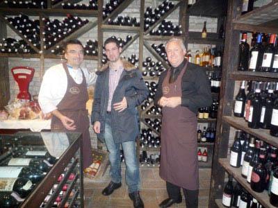 Federico Mattavelli per Alimentipedia (al centro) con Marco ed Enrico