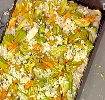 Pizza con fiori di zucca e alici di Gabriele Bonci