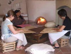 Lavorazione del pane carasau