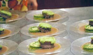 Filetto si manzo in crosta al pepe verde