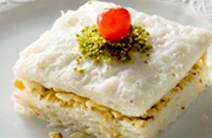 Güllaç, dolce turco con pistacchi