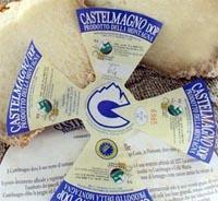 Etichettatura Castelmagno
