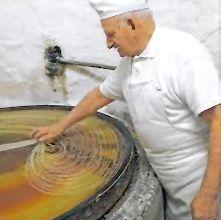 Preparazione della pasta kataifi
