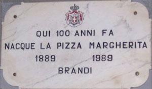 Targa della pizzeria Brandi