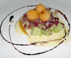 Provola affumicata con insalatina di avocado e prosciutto crudo di D'Osvaldo