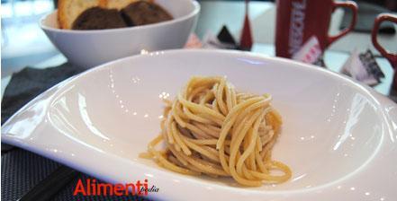 Spaghetti aglio, olio, peperoncino e Chianti di Rugiati