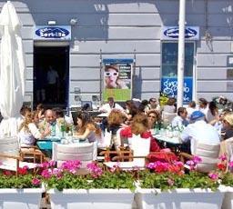 Sorbillo pizzeria Lievito madre a mare, Napoli