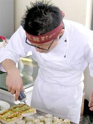 Chef Roberto Okabe