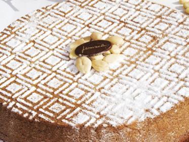 Caprese al cioccolato bianco, torta di Salvatore De Riso