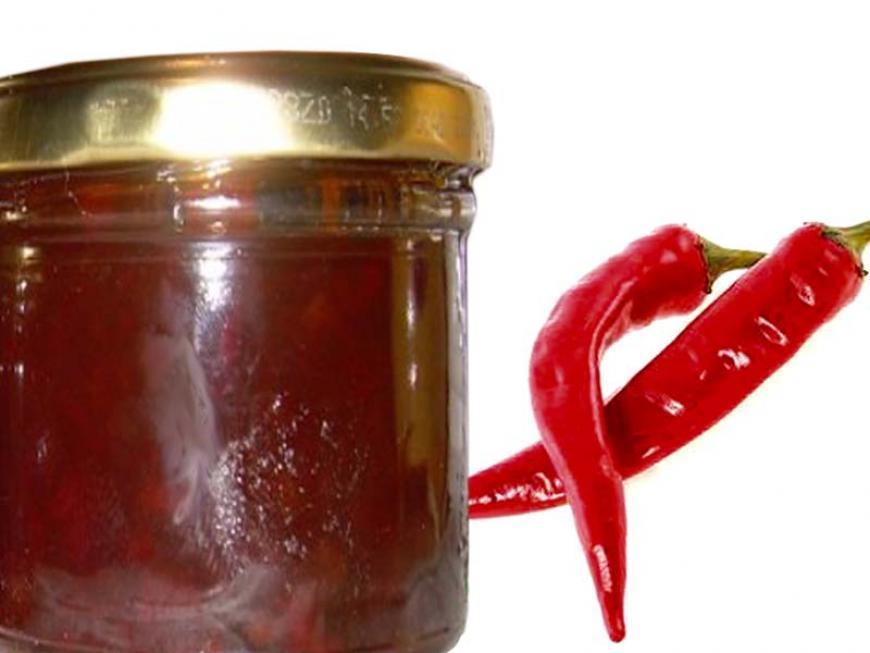 Confettura dolce di peperoncini