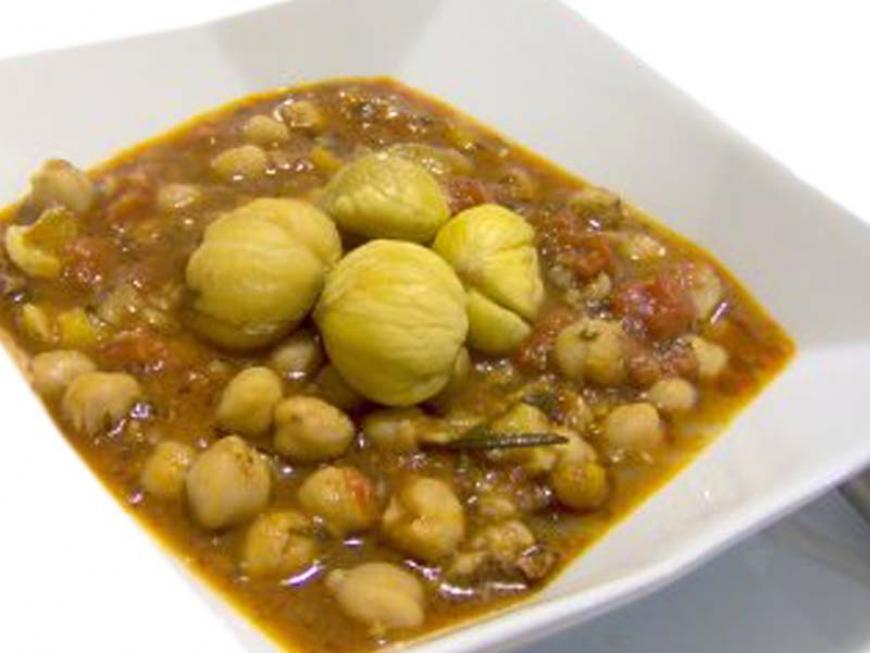 Zuppa di castagne e ceci