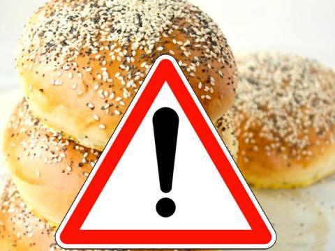 Ancora rischio chimico per prodotti con semi di sesamo. Coinvolti pane, panini, barrette, focaccine. Verifica marchi e lotti